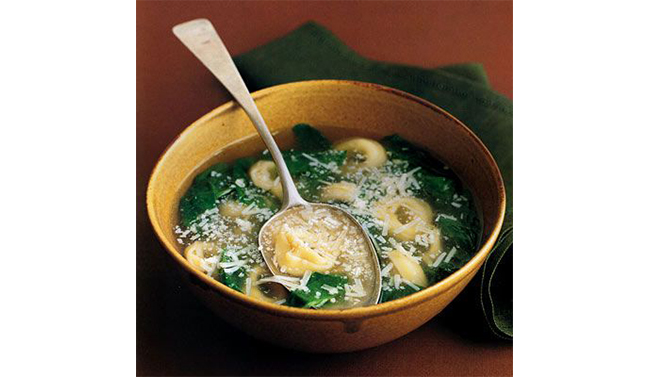 C+B Pantry: 250 Calorie Tortellini + Spinach Soup